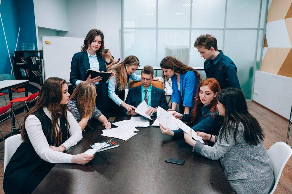 Куда пойти учиться на предпринимателя и какие специальности для этого подходят