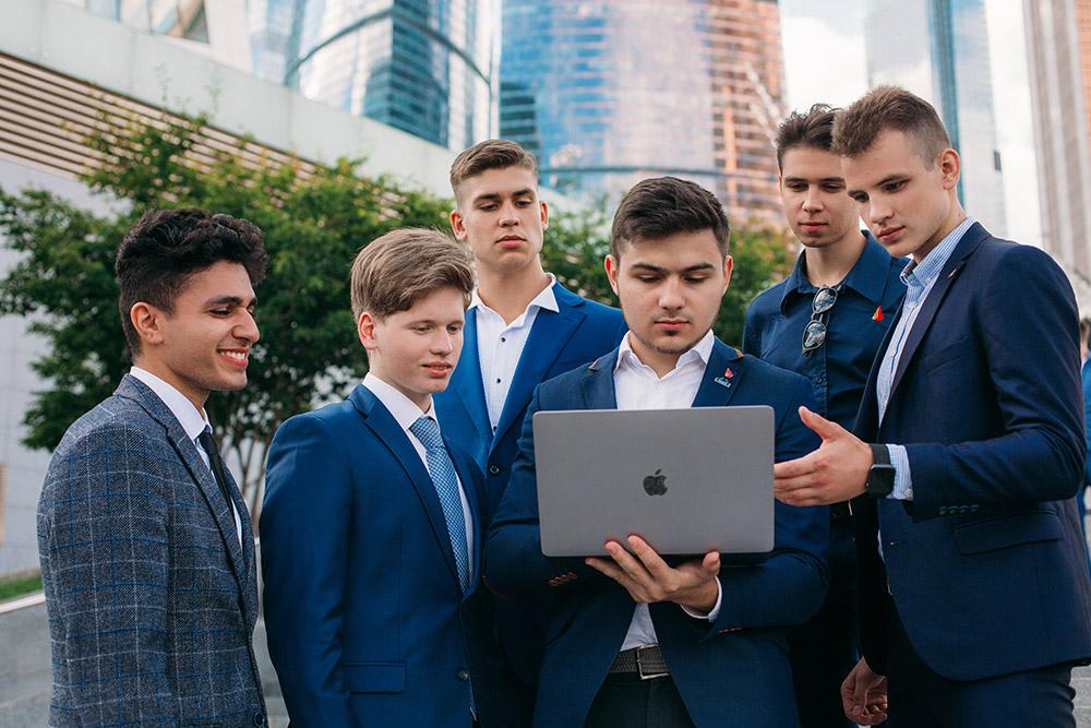 Чему обучают в бизнес-школах?